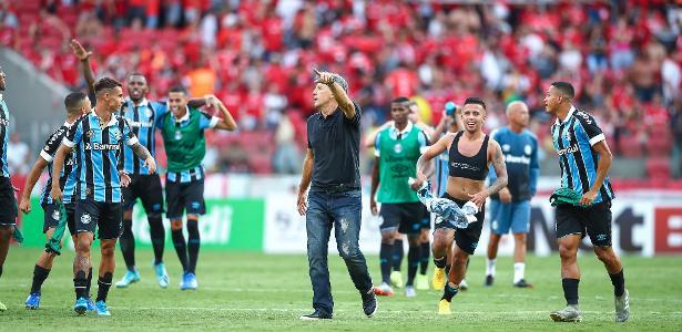Técnico do Grêmio   Renato supera Tite em Gre-Nal e iguala Felipão