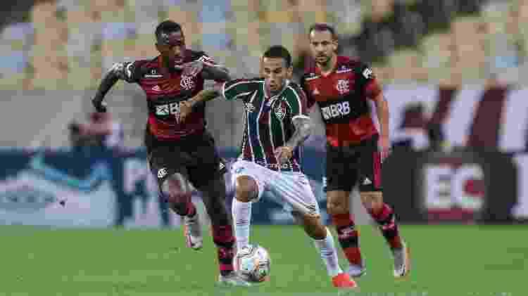 Dodi fez boa partida como 'terceiro volante' de Odair Hellmann no Fluminense - Lucas Merçon/Fluminense FC - Lucas Merçon/Fluminense FC