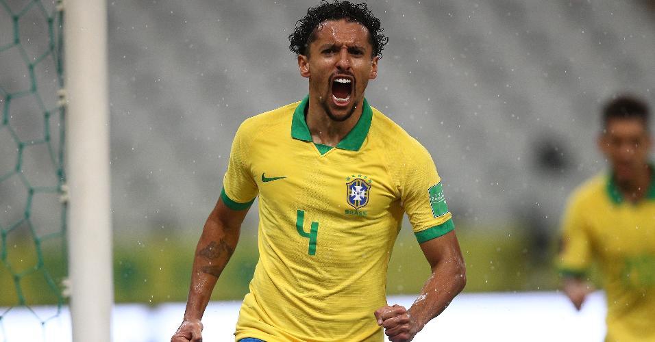 Marquinhos comemora gol marcado para o Brasil contra a Bolívia