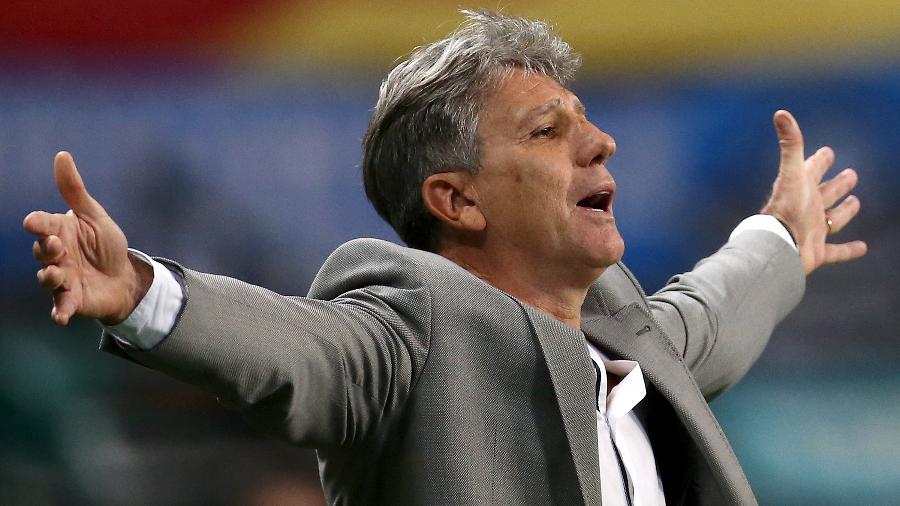 Renato Gaúcho disse que poderá usar reservas até o fim do Brasileirão, em protesto - Diego Vara - Pool/Getty Images
