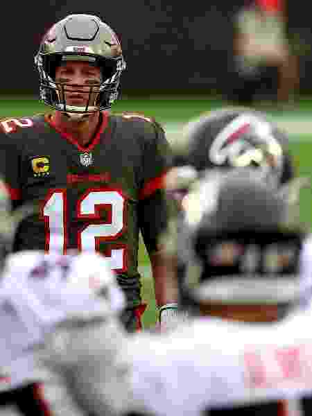 Astro Tom Brady disputa playoffs pela primeira vez com o Tampa Bay Buccaneers - Mike Ehrmann/Getty Images - Mike Ehrmann/Getty Images