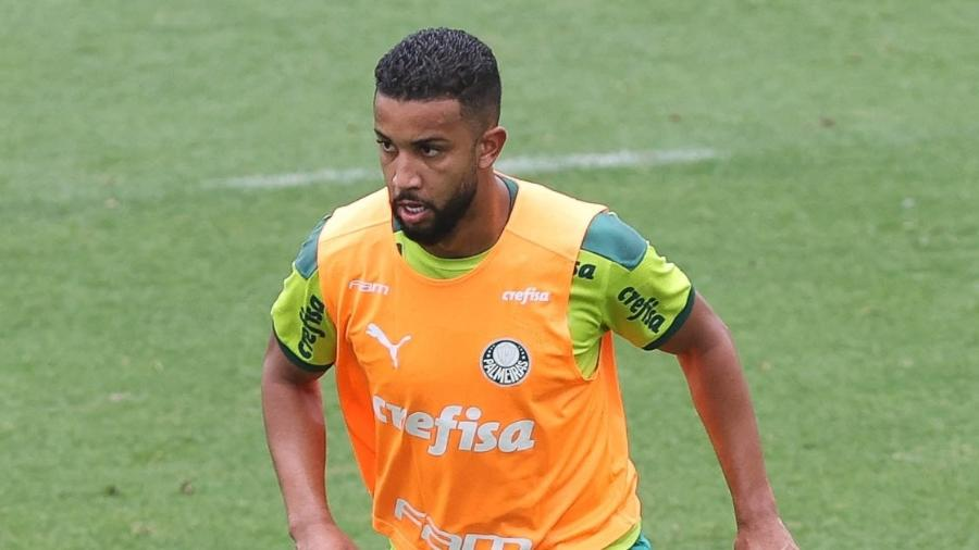 Jorge, do Palmeiras, durante treino na Academia de Futebol - Cesar Greco/Palmeiras