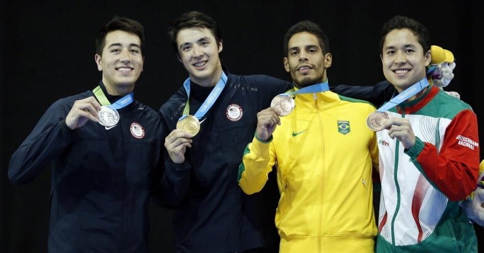 Franco-brasileiro Ghislain Perrier levou medalha de bronze na esgrima com florete do Pan de Toronto