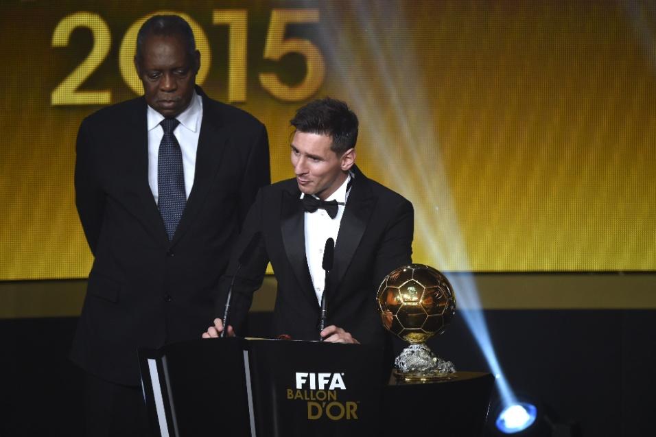 Messi ganhou a Bola de Ouro pela quinta vez