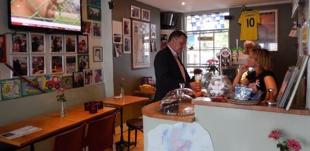 Café Brazil, diante de Stamford Bridge, recebe vários jogadores do Chelsea