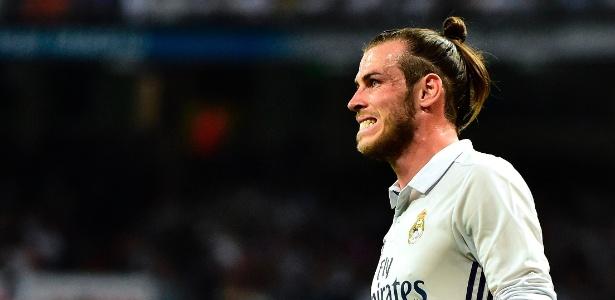Gareth Bale em ação durante jogo do Real Madrid contra o Barcelona
