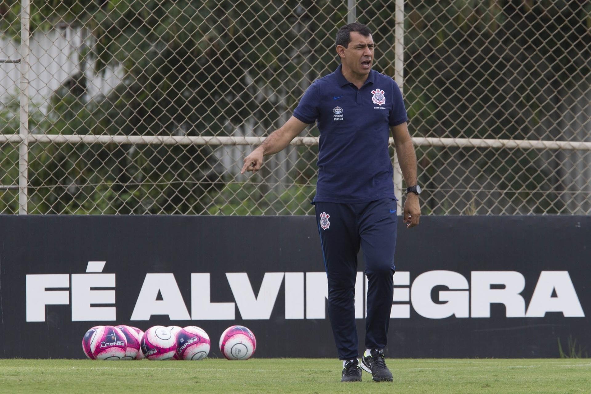 De novo na Flórida  o que Carille espera da pré-temporada do Corinthians -  08 01 2018 - UOL Esporte 510e0bb7b6479