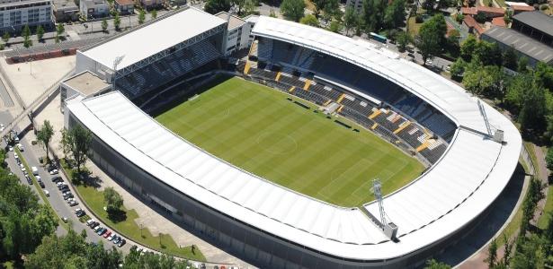 O estádio Dom Afonso Henriques é a atual casa do Vitória de Guimarães