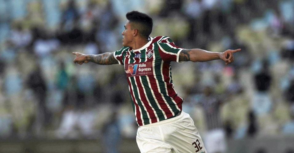 Pedro comemora o gol do Fluminense marcado contra o Botafogo