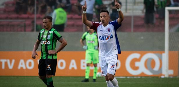 Andrey marcou contra o América-MG, mas foi expulso contra o Atlético-MG - Marcelo Alvarenga/AGIF