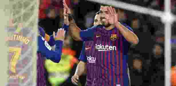 Suárez comemora gol do Barcelona contra o Eibar - LLUIS GENE/AFP - LLUIS GENE/AFP