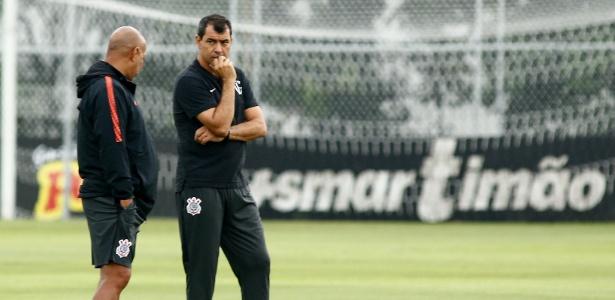 Carille tem problemas com a bola parada no Corinthians - LUIS MOURA/WPP/ESTADÃO CONTEÚDO