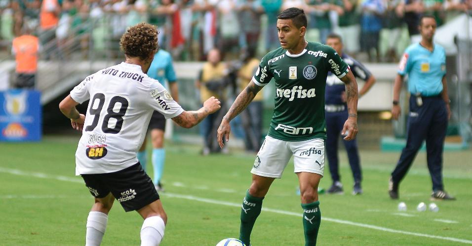 Dudu, durante partida entre Palmeiras e Atlético-MG