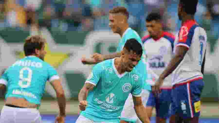 Michael, do Goiás, está bem próximo de acertar sua transferência para o Flamengo - Heber Gomes/AGIF