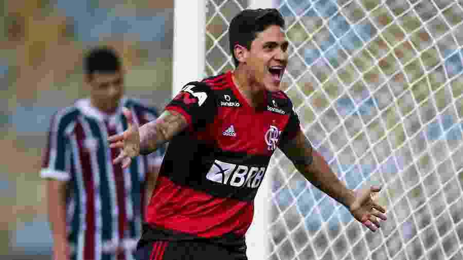 Pedro comemora após marcar pelo Flamengo sobre o Fluminense na final da Taça Rio - Buda Mendes/Getty Images