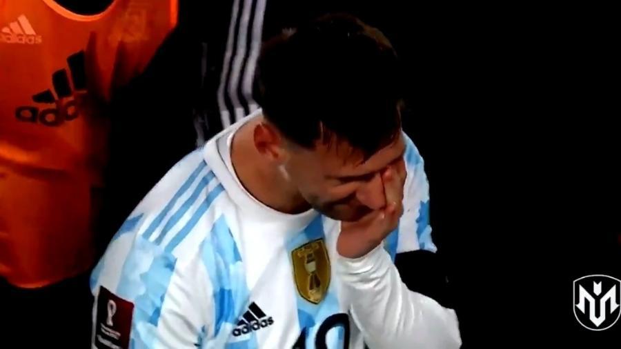 Messi chora durante festa com torcida por conquista da Copa América - Reprodução/Twitter