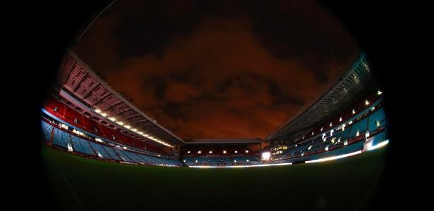 Objetivo do novo dono é devolver jogos das competições europeias ao Villa Park  - Jason Cairnduff/Reuters