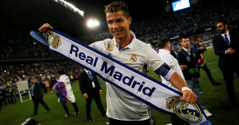 Cristiano Ronaldo comemora título espanhol do Real Madrid