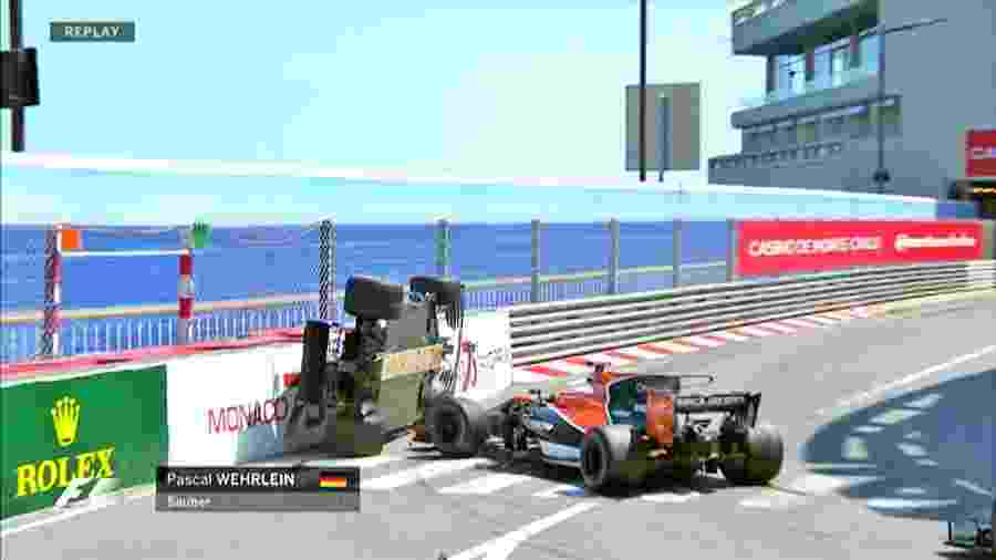 Pasca Wehrlein fica de lado após toque de Jenson Button no GP de Mônaco - Reprodução