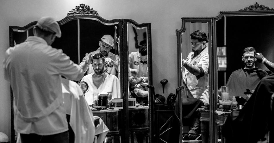 Detalhes de Messi no cabeleireiro antes do casamento