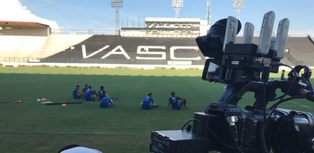 Com Campello, Vasco voltou a treinar com portões abertos e cobertura da imprensa
