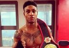 Boxeador campeão foi preso como ilegal, mas não tem país para ser deportado - Reprodução/Instagram