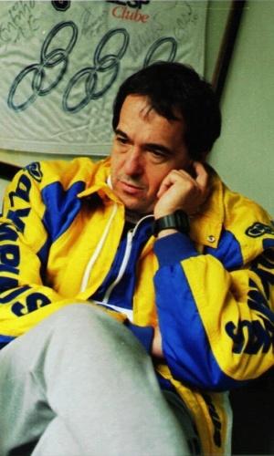 Bebeto de Freitas enquanto técnico do Olympikus, de Campinas, em 1996