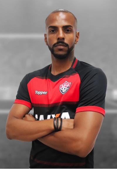 Ruan Renato, zagueiro do Vitória