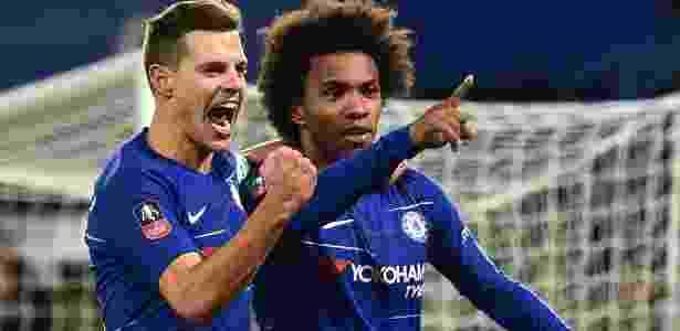 Willian comemora gol do Chelsea na Copa da Inglaterra - GLYN KIRK/AFP