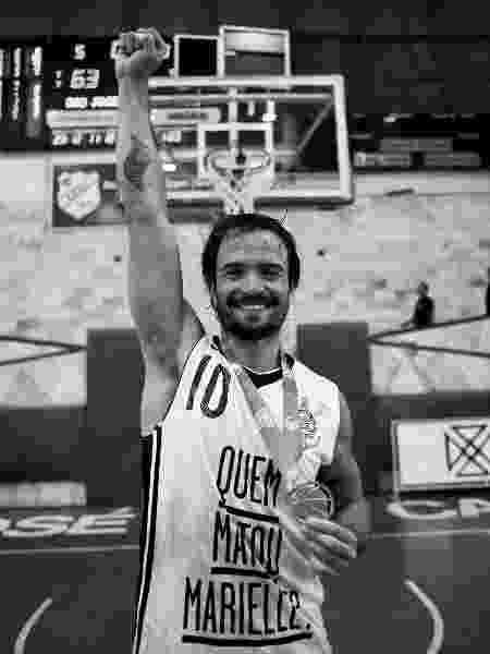 Gustavinho Lima comemora o título da Liga Ouro pelo Corinthians - Arquivo Pessoal/Pedro Chavedar