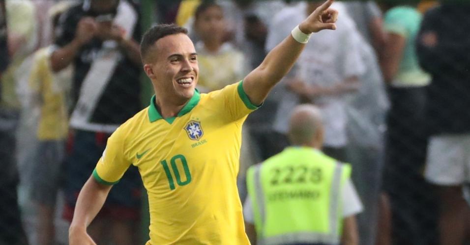 João Peglow comemora seu gol na estreia do Brasil na Copa do Mundo Sub-17