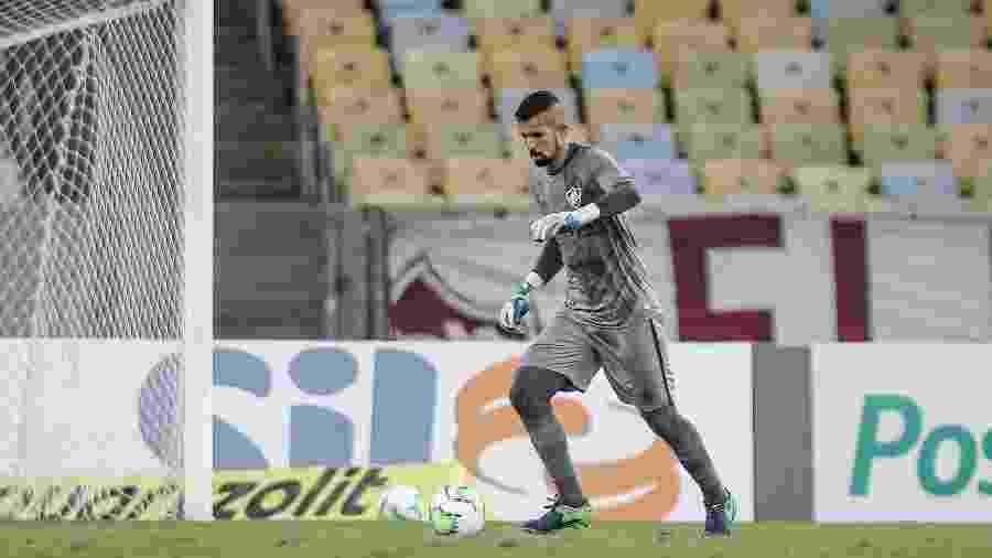 Marcos Felipe teve mais uma atuação segura e pressiona Muriel no Fluminense - Lucas Merçon/Fluminense FC