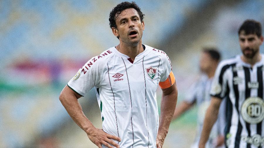 Fred levou o terceiro cartão amarelo em vitória sobre o Santos e desfalca Fluminense contra o Fortaleza - JORGE RODRIGUES/ESTADÃO CONTEÚDO