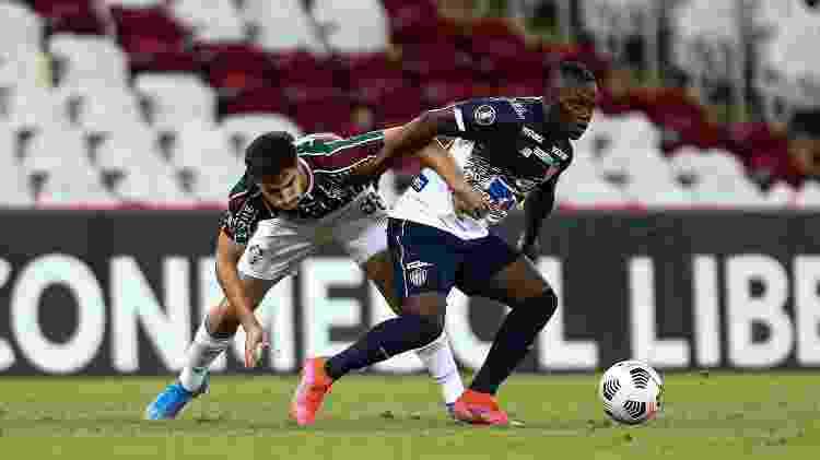 Martinelli está sendo mais exigido na marcação com Roger no Fluminense - Lucas Mercon/Fluminense FC - Lucas Mercon/Fluminense FC