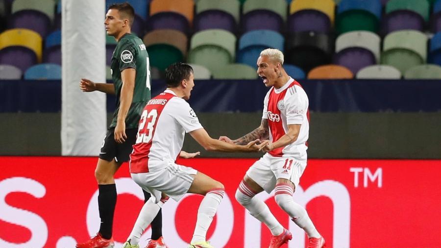 Antony brilha na goleada do Ajax contra o Sporting na Liga dos Campeões - REUTERS