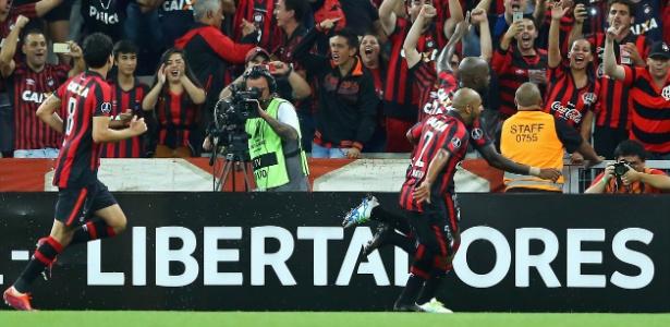 Atlético-PR agurda definição se decidirá vaga em casa ou fora na Libertadores