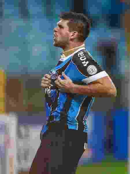 Kannemann comemora gol do Grêmio contra o Fluminense - LUCAS UEBEL/GREMIO FBPA
