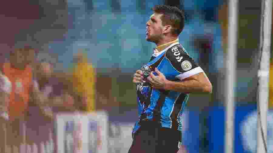 Kannemann volta ao time titular do Grêmio após ficar afastado em razão da Covid-19 - LUCAS UEBEL/GREMIO FBPA