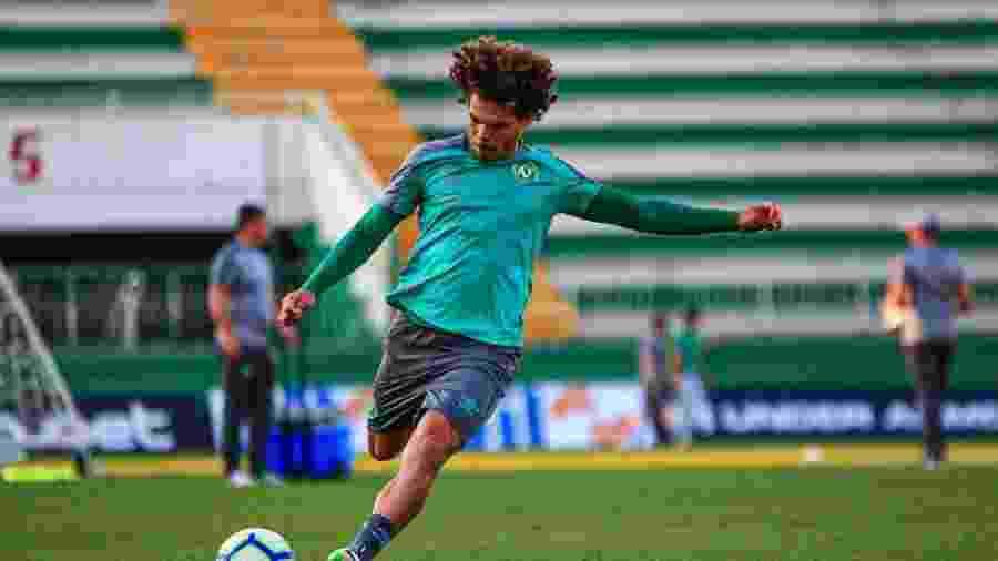 Recuperado de lesão, Camilo é uma das novidades da Chape para visitar o Inter - Márcio Cunha/Chapecoense