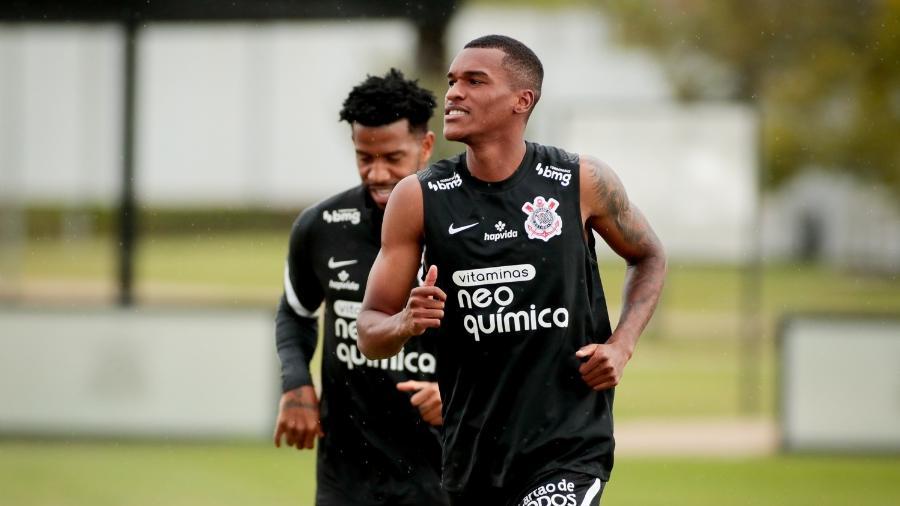 Matheus Alexandre está integrado ao elenco do Corinthians e é uma opção para o técnico Sylvinho na lateral-direita - Rodrigo Coca/ Ag. Corinthians