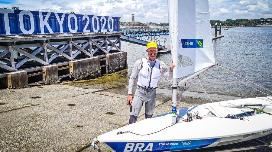 Bicampeão olímpico, Robert Scheidt buscou na Tóquio-2020 sua sexta medalha - Daniel Varsano/COB