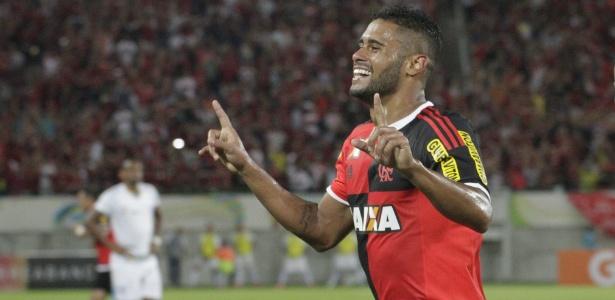 Kayke quando defendia o Flamengo, em 2015