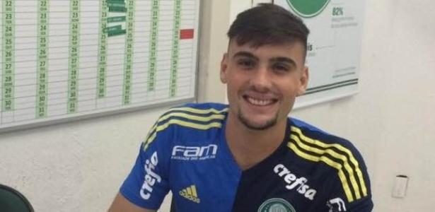 O goleiro Daniel Fuzato jogará no elenco profissional do Palmeiras