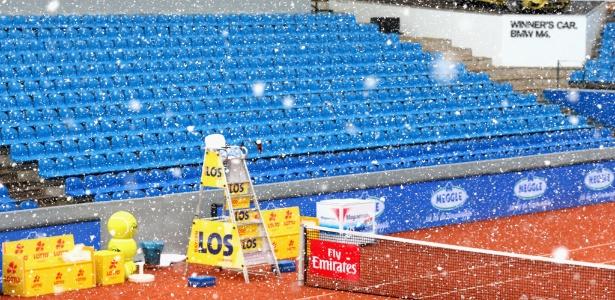 Neve caiu forte em Munique nesta segunda-feira -  Alexander Hassenstein/Getty Images For BMW