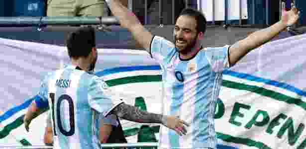 Higuain comemora gol marcado pela Argentina sobre a Venezuela - Winslow Townson-USA TODAY Sports - Winslow Townson-USA TODAY Sports