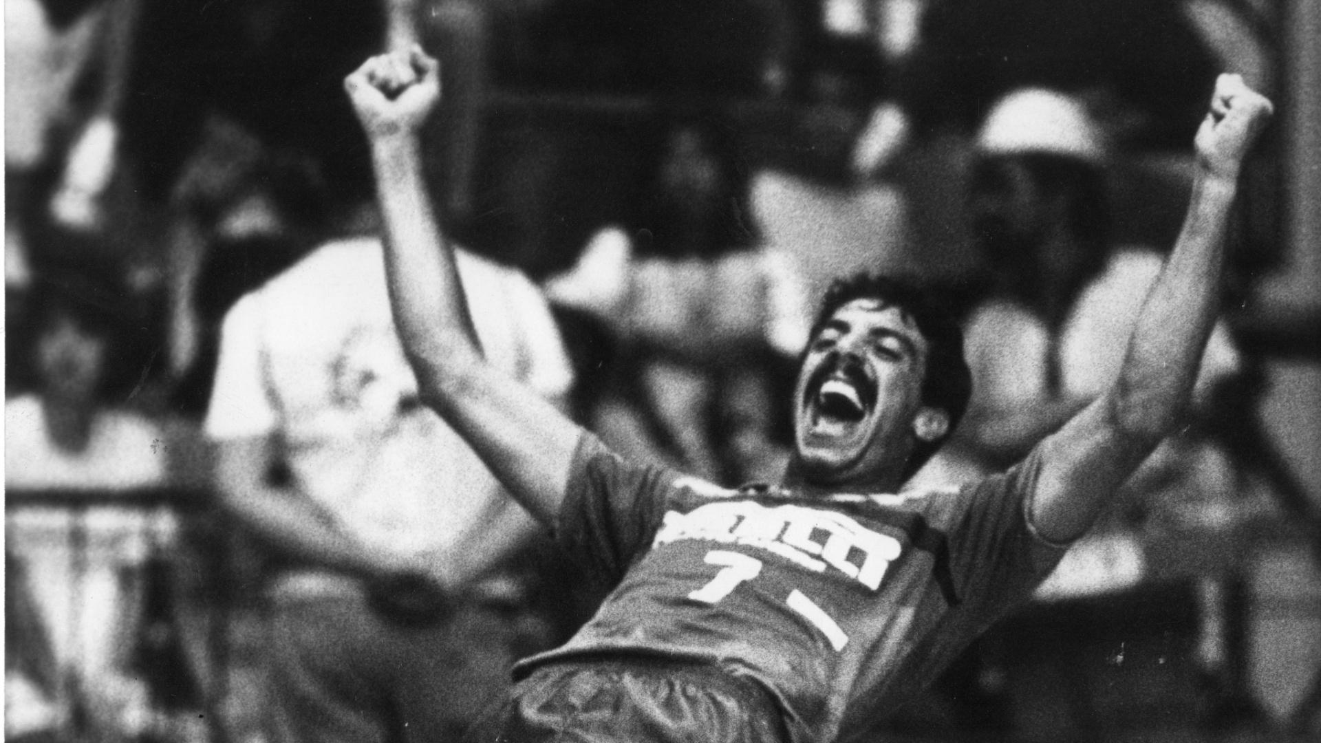 Levantador William Carvalho, em 1988, quando ainda jogava vôlei