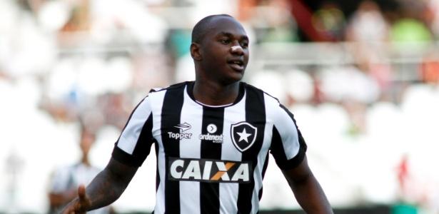 Sassá marcou gol de empate do Botafogo contra o Barcelona-EQU