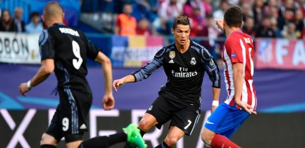 Hoje no Real Madrid, Cristiano Ronaldo já defendeu o Manchester United - Gerard Julien/AFP