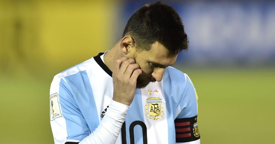 Messi lamenta gol sofrido pela Argentina contra o Equador