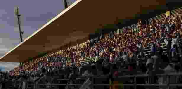 Torcida do CSA no estádio Rei Pelé, em Maceió (AL) - Alisson Frazão/CSA